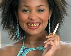 Rumeni zobje – 6 razlogov za obarvanost zob