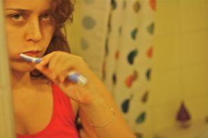 umivanje-zob-pred-spanjem